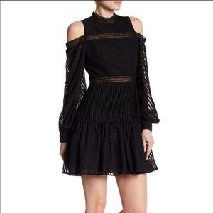 NEW Romeo+Juliet Cold Shoulder Ruffle Mini Dress M